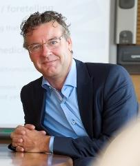 Prof. dr. Carl Moons